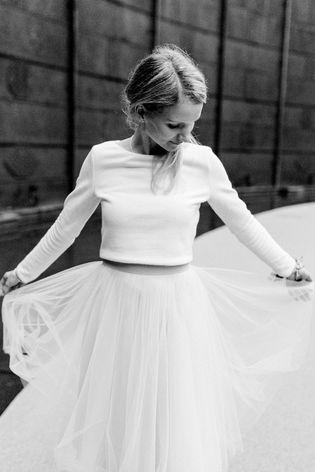 Zweiteiler Zur Hochzeit Mit Tullrock Und Braut Pullover Hochzeit Kleid Standesamt Standesamtliche Hochzeit Outfit Hochzeit