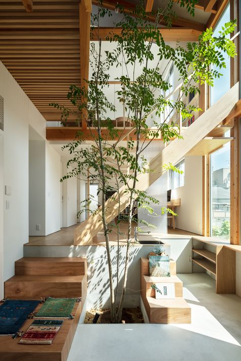 House with a Margin / yukawa design lab