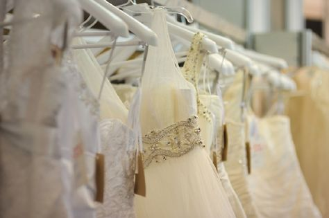 5 Myths On Wedding Dress Dry Cleaning And Fact Behind That Wedding Dress Store Amazing Wedding Dress