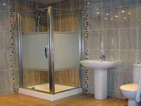 اكسسوارات وديكورات حمامات سيدات مصر Latest Bathroom Tiles Design Latest Bathroom Tiles Bathroom Tile Designs