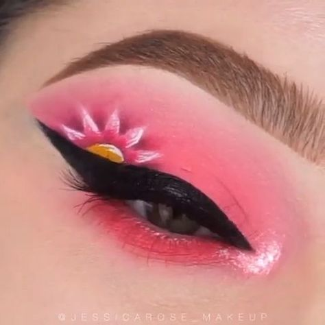 Love the pink flower idea.However I think it would pop on a different color base of eyeshadow.