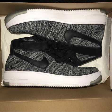best service b5e5d 7a54f Nike Shoes   Nike Flyknit Air Force 1 S   Color  Black White   Size