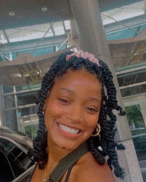 Short Box Braids Hairstyles, Black Girl Braided Hairstyles, Twist Braid Hairstyles, Baddie Hairstyles, Twist Braids, Pretty Hairstyles, Girl Hairstyles, Protective Hairstyles, Protective Styles