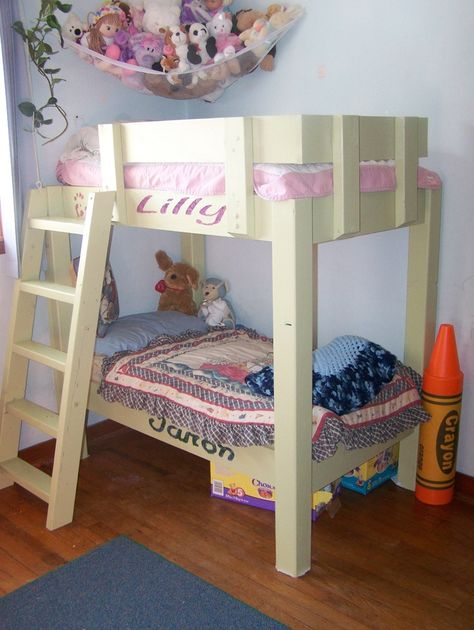 Letti A Castello Per Bimbi Piccoli.Toddler Bunk Beds Crib Size Via Christina Ulmer Meece Letti A