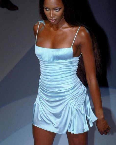 Naomi Campbell for Versace 2000