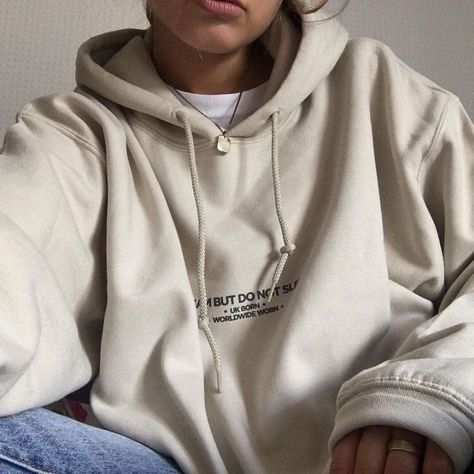 Find fashion hoodies for mothers of one's time, chic hoodies selection. We have now attractive as well as inexpensive hoodies for girls to maintain a person trendy. Bell Co Fashion Hoodies