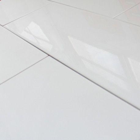 un carrelage blanc brillant ideal pour