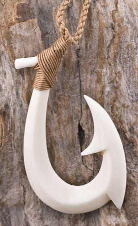 Maori Bone Carving  Hei Matau  Fishhook  Neuseeland