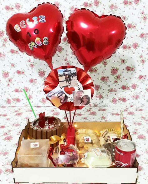 """Único e Criativo Lis doces na rua  on Instagram: """"Sarau na caixa luxo parabéns Esse foi feito para uma cliente em Sarau na caixa luxo parabéns Esse foi fe... #caixa #cliente #doces #feito #instagram #parabens #sarau"""