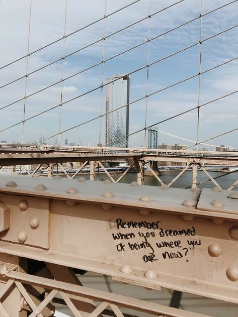 winter-in-new-york-brooklyn-bridge-inspirierende-graffiti-nyc-new-york-beschadigen/ - The world's most private search engine Motivacional Quotes, Mood Quotes, City Quotes, Romance Quotes, Quotes Images, Deep Quotes, Positive Quotes, Qoutes, Funny Quotes