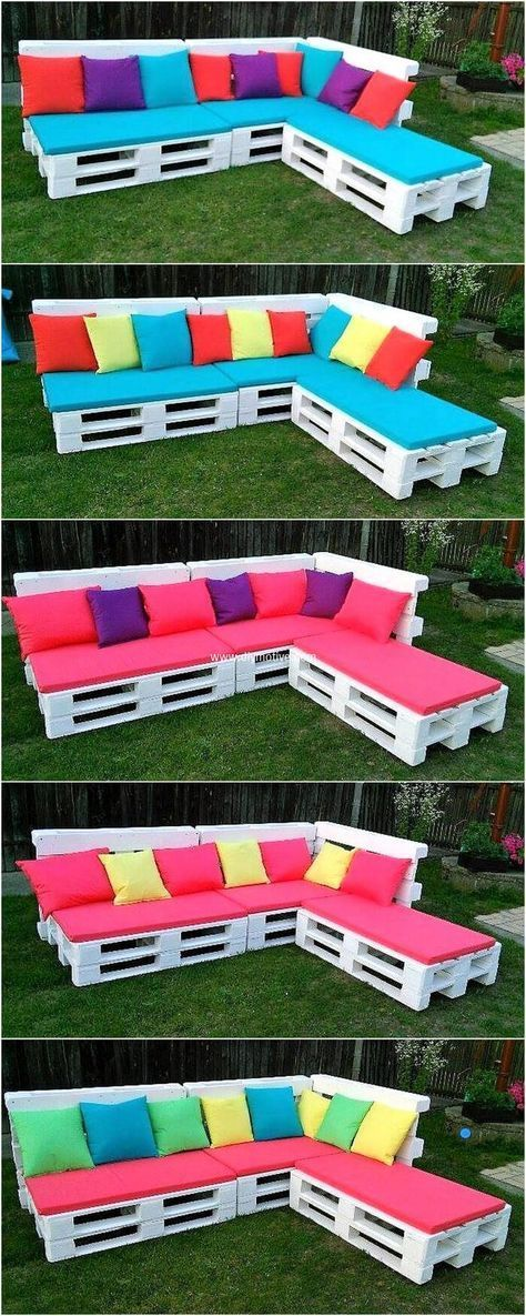 For Providing This Corner Sofa An Appealing Wooden Furniture Look We Have Perfected This Pallet Furniture Outdoor Pallet Garden Furniture Diy Garden Furniture