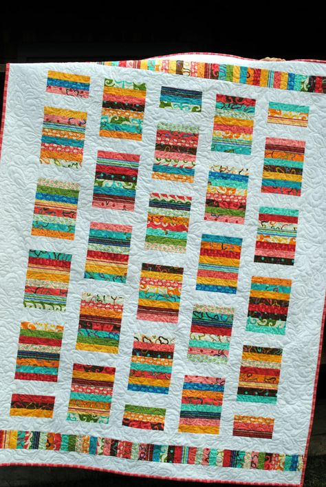 Baby Quilt Pattern or Lap Quilt Pattern....Quick and Easy Pattern via Sweet Jane on Etsy. Love this pattern!