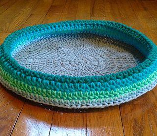 Crochet Your Own Cat Bed – Crochet | 278x320