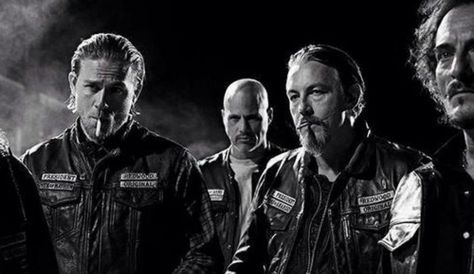 Sons Of Anarchy Creator Kurt Sutter Hopes There Will Be Familiar Faces On Prequel And Mayans Spin Off Sons Of Anarchy Sons Of Anarchy Characters Anarchy