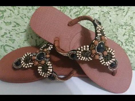 c75ae1459 Blog Claudia Tenório: Saiba como fazer chinelos lindos com aplicação de ...  | CHINELOS | Chinelos com strass, Chinelos bordados e Chinelos decorados