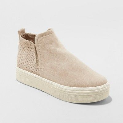 Top sneakers, High top shoes
