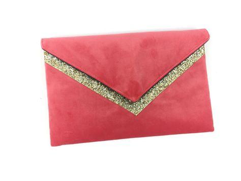 a071e36b4b Pochette de soirée mariage rose corail en velours et paillettes dorées :  Sacs à main par fil-des-toiles