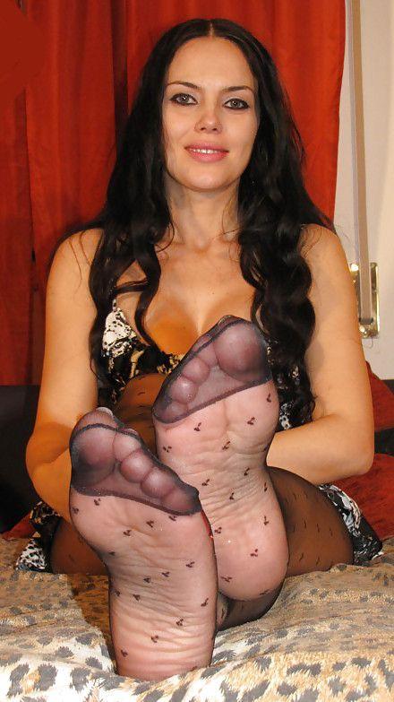 Nude women hairy pussy