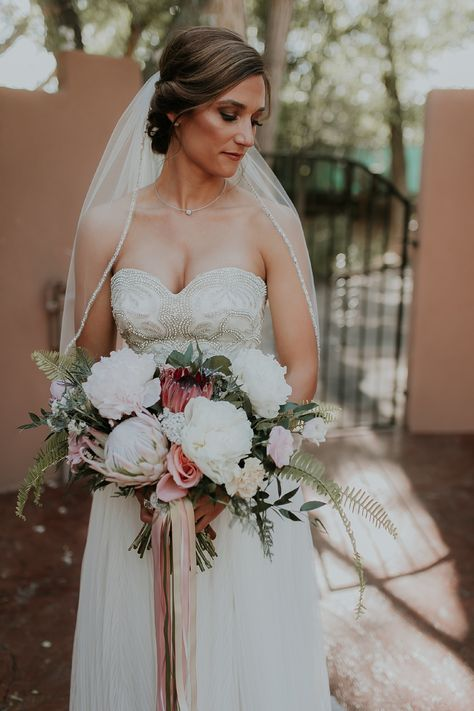 Vendor Feature Betty Rose By Alanna Blue Wedding Flowers Red