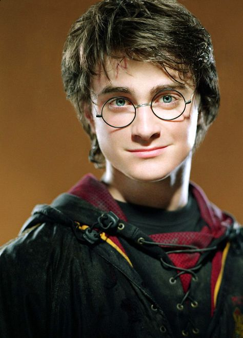 """I got Harry Potter! Both you and Harry love adventure. At the same time, making sure everyone is safe is a top priority. You both enjoy having fun and hanging out with your friends. Harry will be the perfect date to the Yule Ball. Which """"Harry Potter"""" Character Should Be Your Yule Ball Date?"""