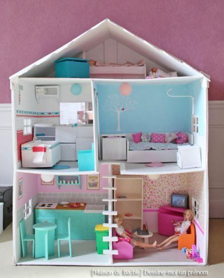 Dans Cet Article Des Modeles De Maisons De Poupee Homemade Fabriquees A Partir D Un Meuble De Carton De Maison Barbie Diy Maison Maison De Poupee En Carton