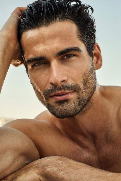 Serdar Kayabali Unkempt head of hair forces you to sense messy and check older. Just Beautiful Men, Beautiful Men Faces, Hot Men, Mens Facial, Facial Hair, Greek Men, Poses For Men, Moustaches, Male Face