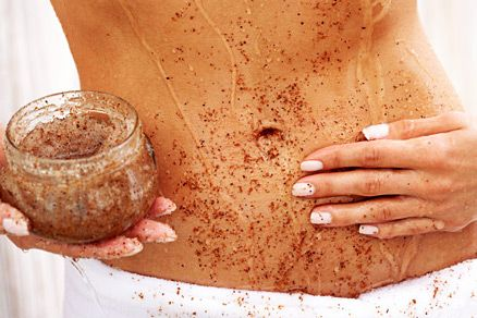 brown sugar oatmeal scrub • 1 cup brown sugar + 1 cup raw oatmeal + 1 cup olive oil • ix ingredients together + apply to dry skin in a slow circular motion. after scrubbing gently all over standing on mat to catch the excess, rinse off in the shower. enjoy buttery soft skin.    Will I end up with a flat tummy like this? Worth a try!