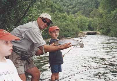 Mountain Fork River Best Oklahoma Trout Fishing In 2020 Forked River Trout Fishing Park River