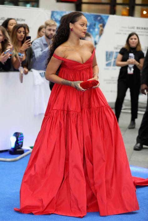 Rihanna Photos Photos: 'Valerian And The City Of A ...