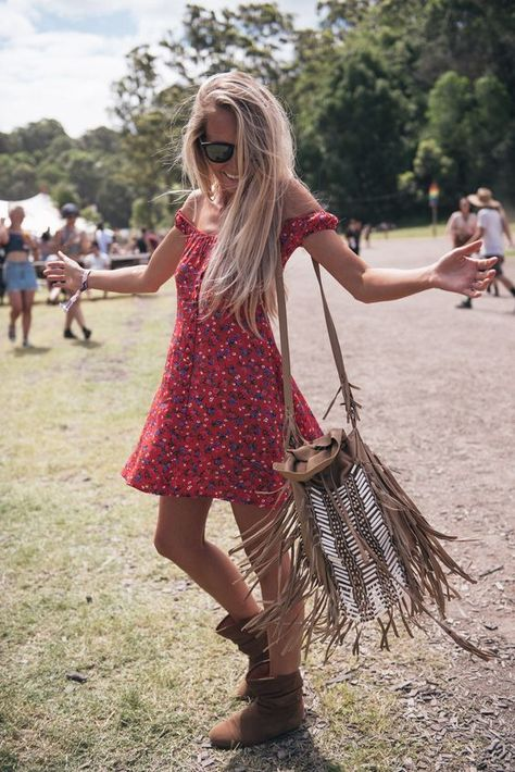 HOW TO PERFECT: FESTIVAL FASHIONS 2 – Women of Edm