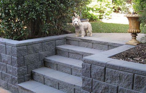 38 Ideas Backyard Wall Ideas Concrete Blocks Patio Backyard Retaining Walls Cinder Block Walls Concrete Retaining Walls