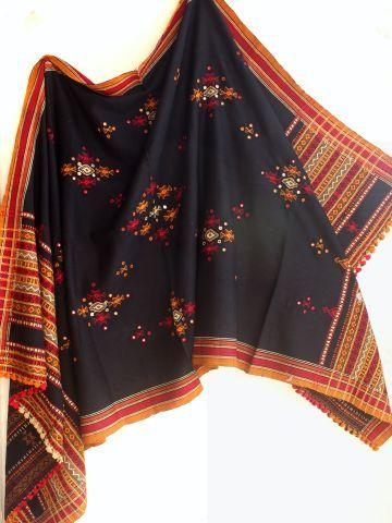Black Mirrorwork Bhujodi Shawl Shoponline at Shilphaat.com +91-9818036781  #Shawl #gujarati #woolen in 2021 | Shawl, Indian outfits, Woolen