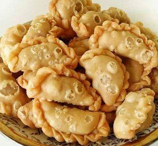 Bumbu Resep Dan Bahan Bahan Yang Dibutuhkan Untuk Membuat Pastel Mini Isi Abon Curry Puff Recipe Food Asian Desserts