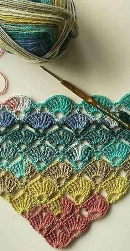 16 colored crochet shawl-wool, techniques and graphics-Sona Kapitanova - BuyThenNow