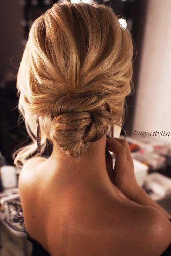 Fantastic Chignon Hairstyles For Feminine And Stylish Women Bridal Hair Buns Wedding Hair Down Blonde Bridal Hair