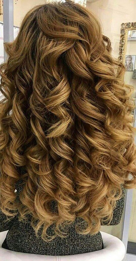 12 Big Curly Long Hairstyles 9 Curly Hairstyle For Bride Hair Bridalhair Bridalhairstyles W Big Curls For Long Hair Curls For Long Hair Big Curly Hair