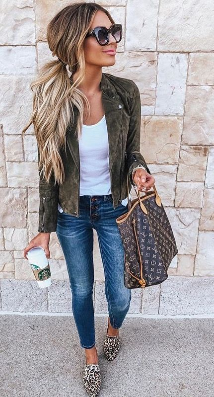 Trend / Winter Fashion Tired of looking for outfit ideas? Here are trendy look ideas for your everyday outfits!