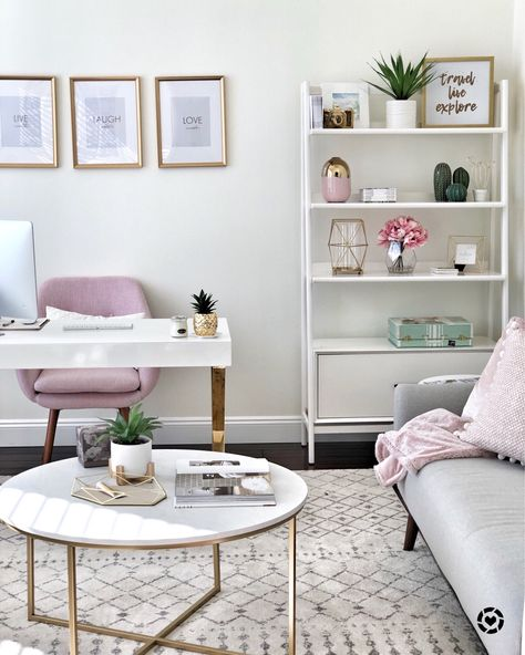How to create a chic and cozy home office space! This Mama Loves Life Home Office Ideas Chic Cozy create Home Life loves Mama Office space Cozy Home Office, Home Office Decor, Chic Office Decor, At Home Office Ideas, Office Inspo, Office In Bedroom Ideas, Office Setup, Bedroom Decor, Spare Room Office