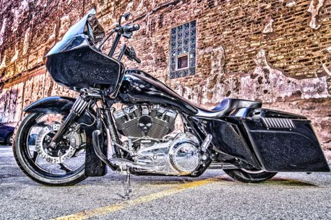 2010 Harley Davidson Road Glide Custom Bagger — luxury vehicle For ...