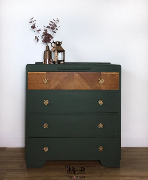 Vintage chest of drawers Vintage chest of drawers painted in Wise Owls Foxtrot, a gorgeous forest green chalk style paint. The bare wood has been refinished with furniture salve. Green Chest Of Drawers, Chest Of Drawers Decor, Chest Of Drawers Makeover, Vintage Chest Of Drawers, Green Dresser, Chest Of Drawers Upcycle, Painted Drawers, Painted Chest, Wood