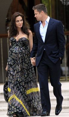 Celebrity pregnancy dresses images