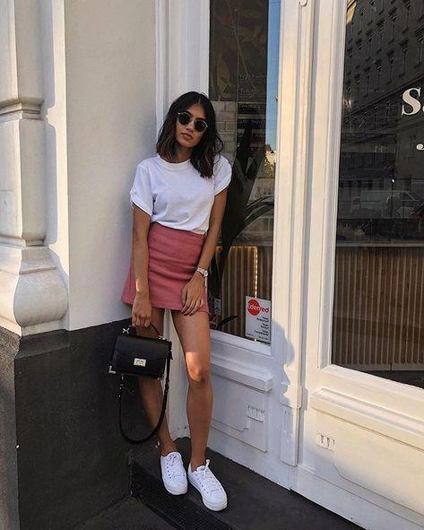 10 T-shirt + miniskirt: the basic duo that saves lazy fashion days - Fashion Trends