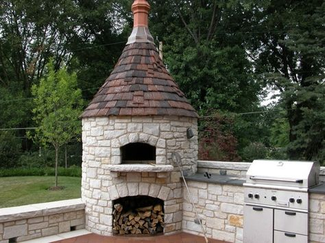 9 Dreamy Backyard Pizza Ovens We Wish Were Ours four à pizza