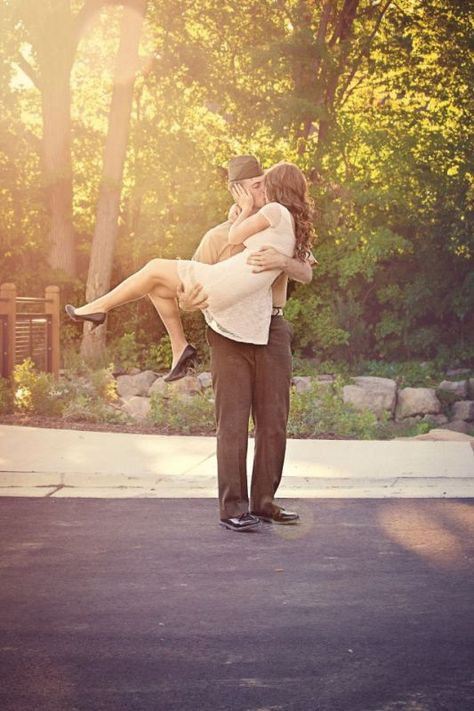 Military Engagement Shots :  wedding corps engagement idea