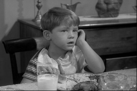 andy griffith show opie - http://www.tvland.com/shows/andy-griffith-show/full-episodes