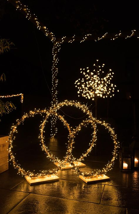 & a DIY with fairy lights - DIY with rings and fairy lights for outdoors soriwrites. Diwali Decorations, Indian Wedding Decorations, Balloon Decorations, Christmas Decorations, Dollar Tree Centerpieces, Prom Decor, Flower Centerpieces, Outdoor Christmas, Christmas Lights