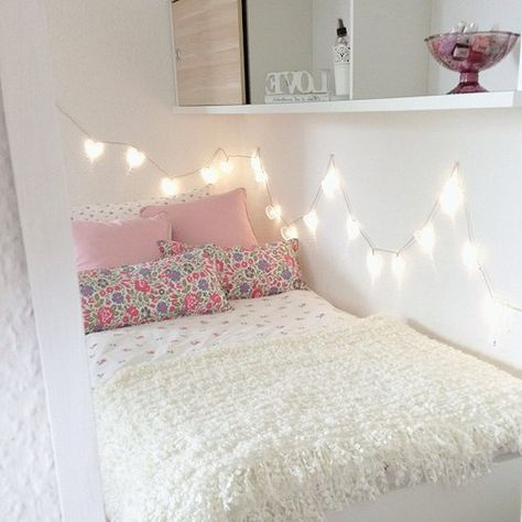 these fairy lights make the bedroom feel so cute and cosy ♡