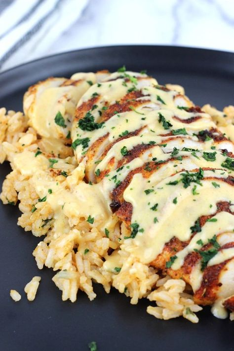 Mexican Chicken with Cheese Sauce