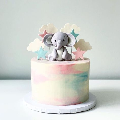 Gender Reveal Cake Ideas - Amazing cakes to inspire! Simple Gender Reveal, Gender Reveal Themes, Pregnancy Gender Reveal, Gender Reveal Party Decorations, Baby Gender Reveal Party, Gender Party, Gender Reveal Twins, Gender Reveal Cupcakes, Confetti Gender Reveal