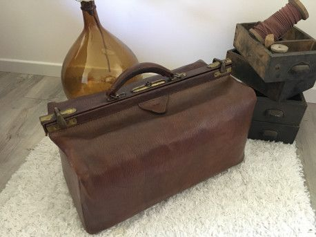 Ancien sac de médecin en cuir #vintage #vintagefashion #sac